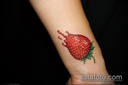 фото тату клубника (Strawberry Tattoos) (значение) - пример рисунка - 036 tatufoto.com