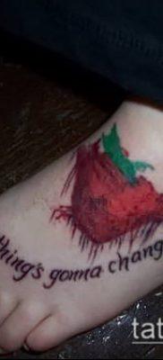 фото тату клубника (Strawberry Tattoos) (значение) – пример рисунка – 049 tatufoto.com