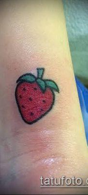 фото тату клубника (Strawberry Tattoos) (значение) – пример рисунка – 055 tatufoto.com