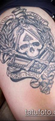 фото тату на ляжке (tattoo Masons) (значение) – пример рисунка – 001 tatufoto.com