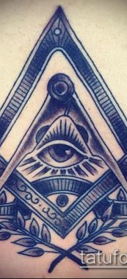 фото тату на ляжке (tattoo Masons) (значение) – пример рисунка – 004 tatufoto.com