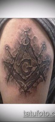 фото тату на ляжке (tattoo Masons) (значение) – пример рисунка – 007 tatufoto.com