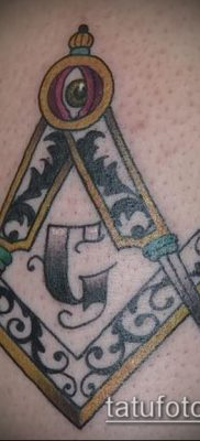 фото тату на ляжке (tattoo Masons) (значение) – пример рисунка – 009 tatufoto.com