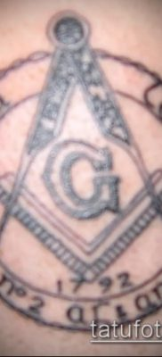 фото тату на ляжке (tattoo Masons) (значение) – пример рисунка – 010 tatufoto.com