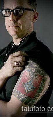 фото тату на ляжке (tattoo Masons) (значение) – пример рисунка – 011 tatufoto.com