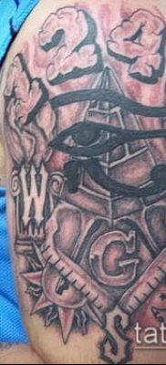 фото тату на ляжке (tattoo Masons) (значение) – пример рисунка – 015 tatufoto.com
