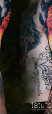 фото тату на ляжке (tattoo Masons) (значение) – пример рисунка – 041 tatufoto.com