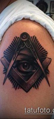 фото тату на ляжке (tattoo Masons) (значение) – пример рисунка – 042 tatufoto.com