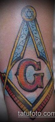 фото тату на ляжке (tattoo Masons) (значение) – пример рисунка – 046 tatufoto.com
