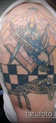 фото тату на ляжке (tattoo Masons) (значение) – пример рисунка – 050 tatufoto.com