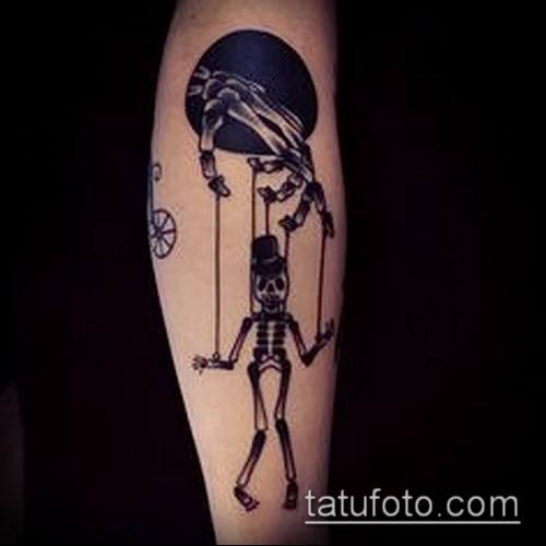 фото тату нитки с марионетка (tattoo) (значение) - пример рисунка - 023 tatufoto.com