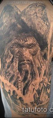 фото тату пират (значение) – пример интересного рисунка тату – 006 tatufoto.com