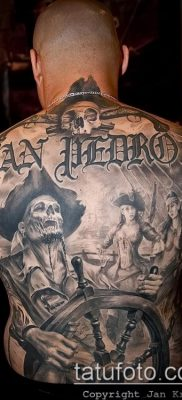 фото тату пират (значение) – пример интересного рисунка тату – 009 tatufoto.com