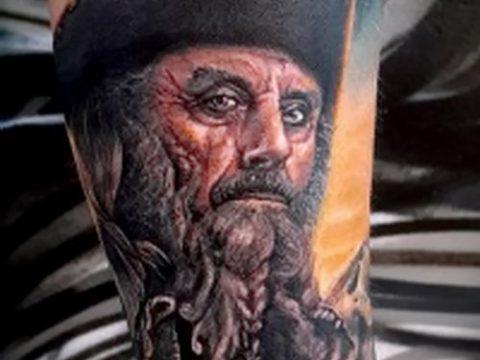 фото тату пират (значение) - пример интересного рисунка тату - 053 tatufoto.com