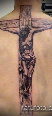 фото тату распятие (crucifix tattoo) (значение) – пример рисунка – 001 tatufoto.com