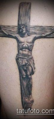 фото тату распятие (crucifix tattoo) (значение) – пример рисунка – 002 tatufoto.com