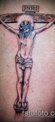фото тату распятие (crucifix tattoo) (значение) – пример рисунка – 019 tatufoto.com