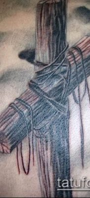 фото тату распятие (crucifix tattoo) (значение) – пример рисунка – 022 tatufoto.com