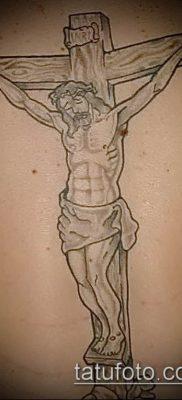фото тату распятие (crucifix tattoo) (значение) – пример рисунка – 028 tatufoto.com