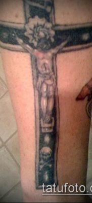 фото тату распятие (crucifix tattoo) (значение) – пример рисунка – 039 tatufoto.com