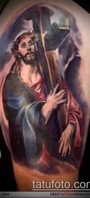 фото тату распятие (crucifix tattoo) (значение) – пример рисунка – 049 tatufoto.com