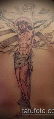 фото тату распятие (crucifix tattoo) (значение) – пример рисунка – 055 tatufoto.com