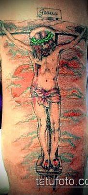 фото тату распятие (crucifix tattoo) (значение) – пример рисунка – 056 tatufoto.com