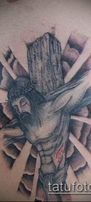 фото тату распятие (crucifix tattoo) (значение) – пример рисунка – 063 tatufoto.com