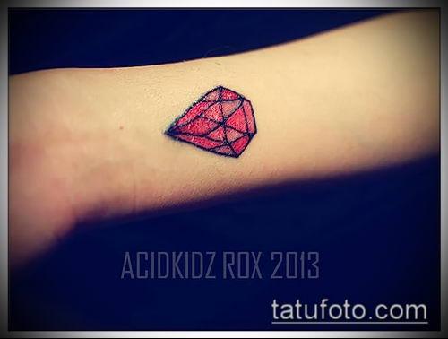 фото тату рубин (ruby tattoo) (значение) - пример рисунка - 004 tatufoto.com