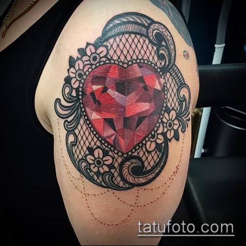 фото тату рубин (ruby tattoo) (значение) - пример рисунка - 049 tatufoto.com