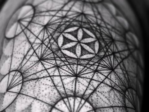 фото тату цветок жизни (Tattoo Flower of Li) (значение) - пример рисунка - 058 tatufoto.com