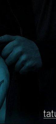 ТАТУИРОВКА ТРЕЗУБЕЦ №864 – уникальный вариант рисунка, который хорошо можно использовать для преобразования и нанесения как татуировка трезубец у девушки
