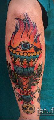 ТАТУИРОВКА ФАКЕЛ №314 – интересный вариант рисунка, который легко можно использовать для преобразования и нанесения как татуировка факел с голубем