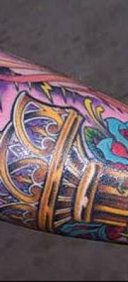 ТАТУИРОВКА ФАКЕЛ №636 – эксклюзивный вариант рисунка, который удачно можно использовать для переделки и нанесения как тату факел на ноге