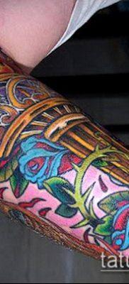 ТАТУИРОВКА ФАКЕЛ №929 – интересный вариант рисунка, который хорошо можно использовать для переделки и нанесения как татуировка факел и колючая проволока