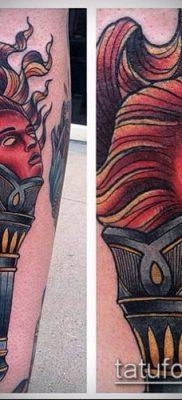 ТАТУИРОВКА ФАКЕЛ №722 – прикольный вариант рисунка, который успешно можно использовать для доработки и нанесения как татуировка факел в руке
