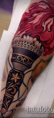 ТАТУИРОВКА ФАКЕЛ №743 – интересный вариант рисунка, который легко можно использовать для переработки и нанесения как татуировка факел на пальце
