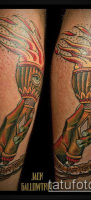 ТАТУИРОВКА ФАКЕЛ №37 – уникальный вариант рисунка, который хорошо можно использовать для переработки и нанесения как татуировка факел в руке