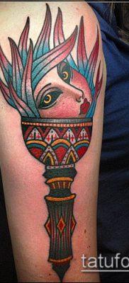 ТАТУИРОВКА ФАКЕЛ №878 – достойный вариант рисунка, который хорошо можно использовать для доработки и нанесения как татуировка факел на пальце