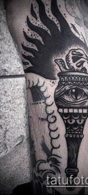 ТАТУИРОВКА ФАКЕЛ №889 – прикольный вариант рисунка, который успешно можно использовать для преобразования и нанесения как татуировка факел свободы