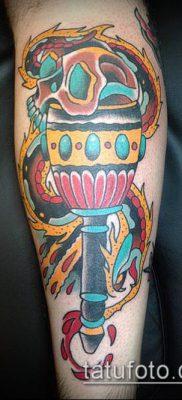 ТАТУИРОВКА ФАКЕЛ №225 – эксклюзивный вариант рисунка, который успешно можно использовать для доработки и нанесения как татуировка факел в руке