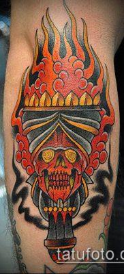 ТАТУИРОВКА ФАКЕЛ №503 – интересный вариант рисунка, который легко можно использовать для переработки и нанесения как татуировка факел с колючей проволокой