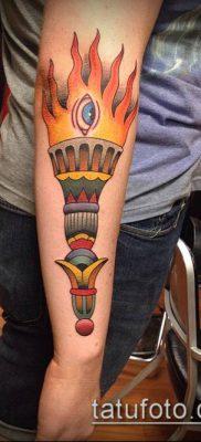 ТАТУИРОВКА ФАКЕЛ №317 – классный вариант рисунка, который удачно можно использовать для переделки и нанесения как татуировка факел на пальце