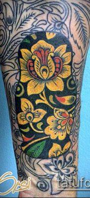 ТАТУИРОВКА ХОХЛОМА №949 – эксклюзивный вариант рисунка, который удачно можно использовать для переработки и нанесения как татуировка хохлома на ноге
