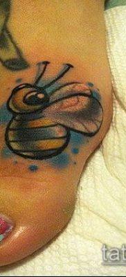 ТАТУИРОВКА ШМЕЛЬ №428 – интересный вариант рисунка, который легко можно использовать для переработки и нанесения как татуировка шмель