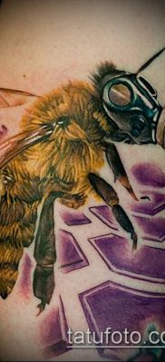 ТАТУИРОВКА ШМЕЛЬ №854 – классный вариант рисунка, который удачно можно использовать для переделки и нанесения как татуировка шмель на пальце