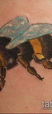 ТАТУИРОВКА ШМЕЛЬ №260 – уникальный вариант рисунка, который хорошо можно использовать для переработки и нанесения как татуировка шмель на пальце