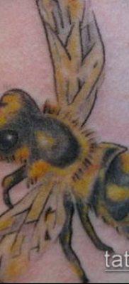 ТАТУИРОВКА ШМЕЛЬ №935 – эксклюзивный вариант рисунка, который хорошо можно использовать для преобразования и нанесения как татуировка шмель щербинка