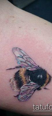 ТАТУИРОВКА ШМЕЛЬ №837 – уникальный вариант рисунка, который легко можно использовать для переделки и нанесения как татуировка шмель