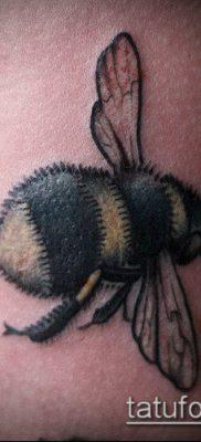 ТАТУИРОВКА ШМЕЛЬ №396 – крутой вариант рисунка, который хорошо можно использовать для преобразования и нанесения как татуировка шмель